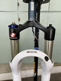 Rock Shox Reba Race Dual Air, 80mm travel, QR, 7.25 1-1/8 Steerer, 29 Wheels